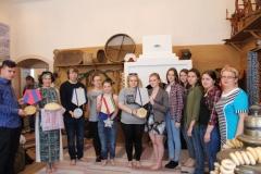 Группа студентов Камышловского педагогического колледжа на практике в музее