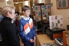 Экскурсия по выставке грампластинок Путешествие по звуковой дорожке
