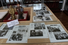 Экспонаты фотовыставки Образ советского воина в кино